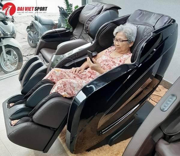 Cách chọn ghế massage cho người già