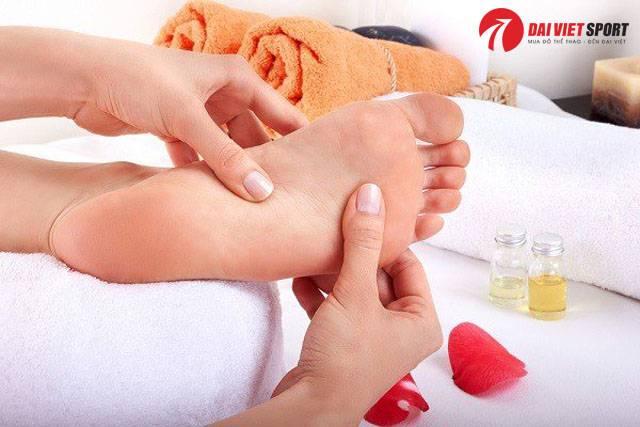 Cách massage bấm huyệt đả thông kinh mạch