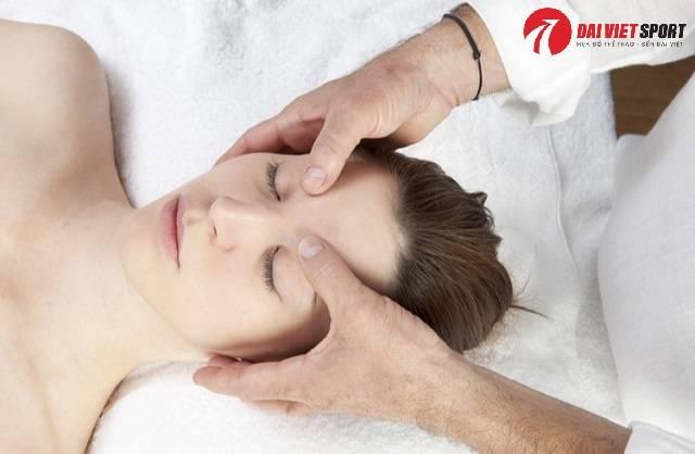 Cách massage bấm huyệt trị huyết áp thấp