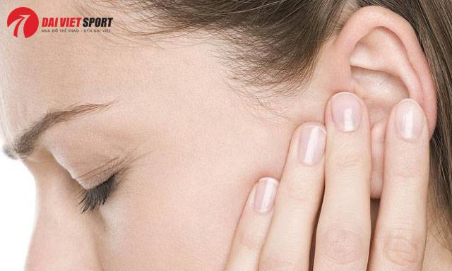 Massage bấm huyệt trị ù tai