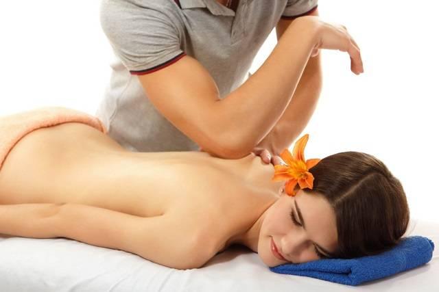 Massage mô sâu và ứng dụng trên ghế massage
