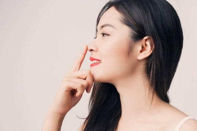 Phương pháp massage làm sống mũi cao tự nhiên